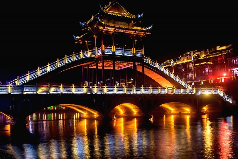 桥梁led灯带亮化